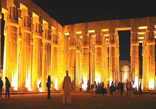 Luxor Temple was founded in 1400 BC