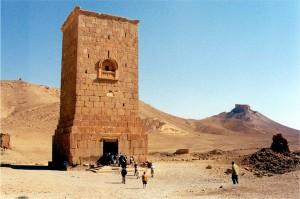 1280px-Palmyra_tower-tomb