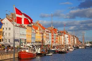 Denmark-Copenhagen-docks