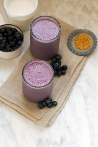 blueberry-banana-almond-butter-smoothie-SALT-AND-WIND