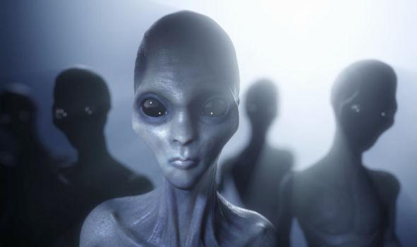 8 Shocking Cеlеbrіties who hаvе reported UFO Sightings